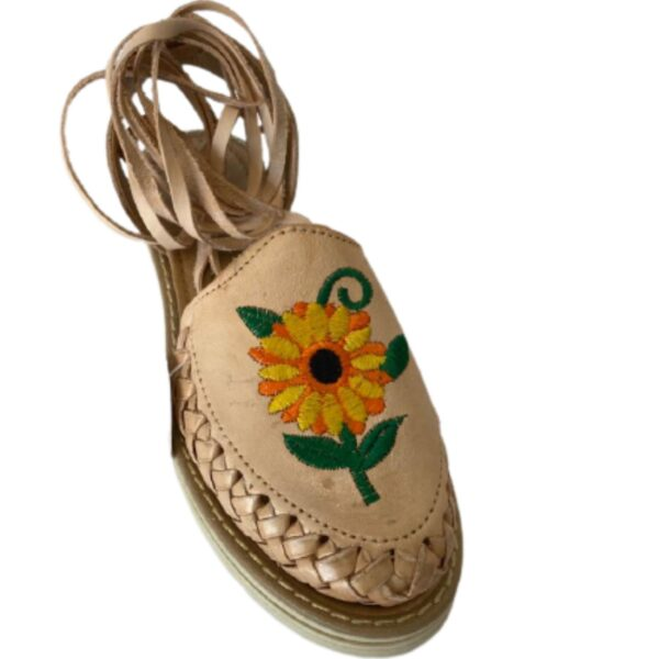 Women Wrap Up Sandals